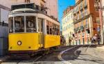lisboa-tram-et-pastels