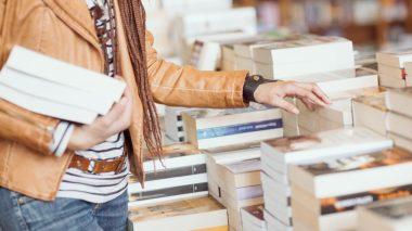 Des libraires indépendants se mettent au click and collect pour survivre.